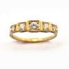 Bague cinq carrés de diamants en or rose