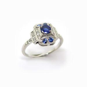 Bague fine art deco saphir diamants